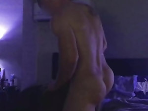 Straight marine pounding away cumming 3x (sorry for the lighting)